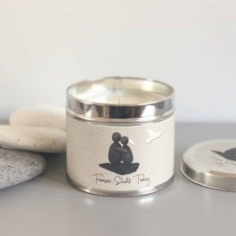 original_pebble-people-wedding-tin-candle